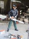 Schweres Geschütz –Mit dieser Säge wird nicht geschnitzt - damit wird zur Sache gegangen... :-)